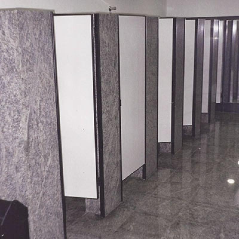 Divisória Banheiro Granito Box Água Bonita - Divisória de Banheiro Feito de Granito Cinza