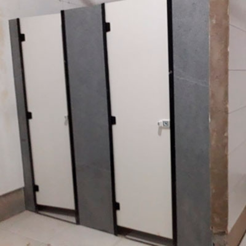 Empresa de Divisória de Banheiro em Granito Socorro - Divisória Banheiro Granito Cinza