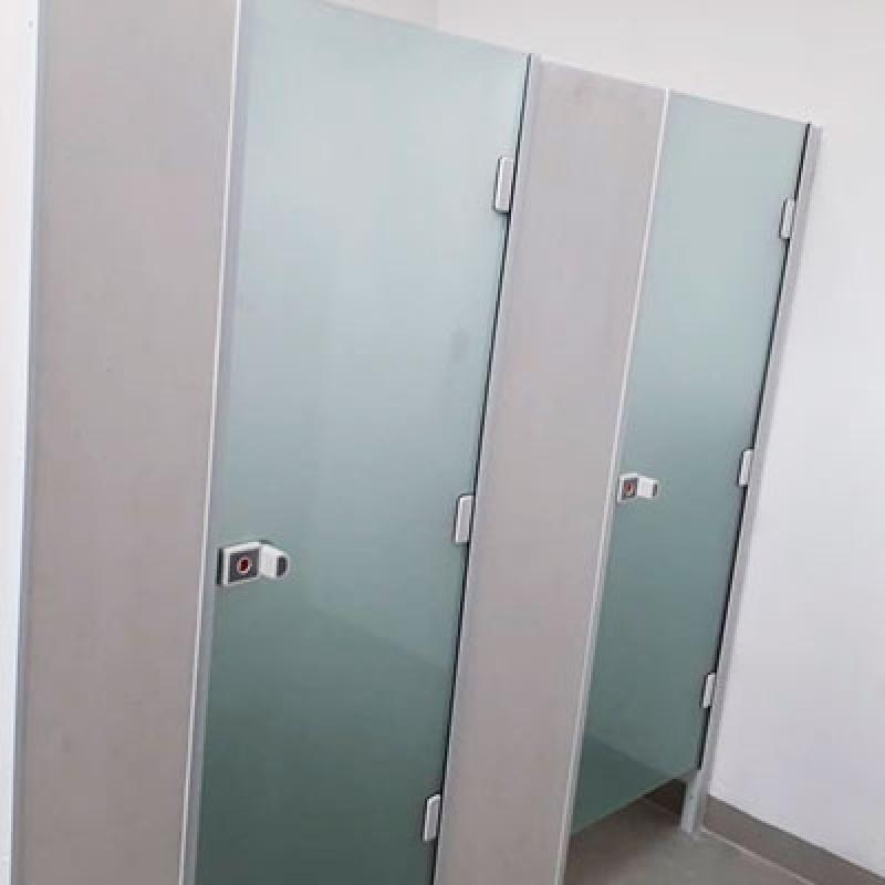 Instalação de Divisória em Vidro Temperado para Residência Hortolândia - Divisória Vidro Temperado Instalado