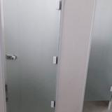 divisória vidro temperado instalado